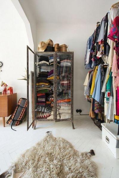 Lonny Closet1
