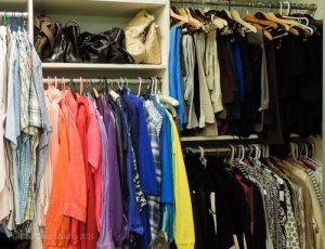Multi hanger closet